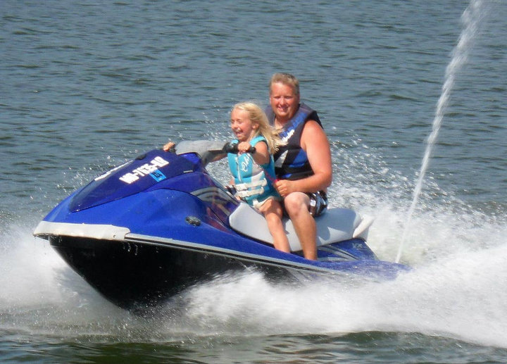 Adventure-girl-waverunner